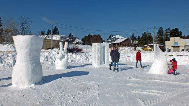 SnowcCarving3___Gallery